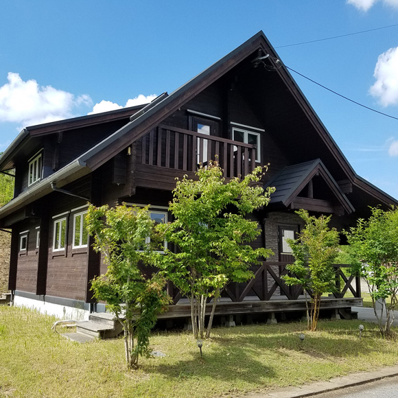 千葉県富津市にTALOログハウスの貸し別荘がオープン!