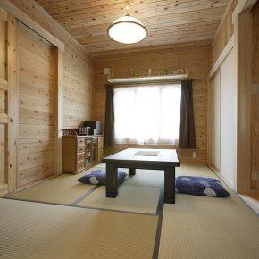 どうしても和室が欲しいというご主人の希望で、 1階には落ち着いた雰囲気の6畳の和室がある