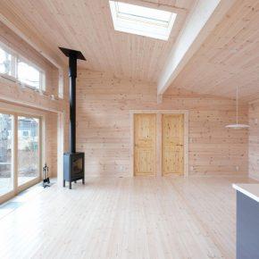 リゾートスタイルの軽井沢オープンハウス