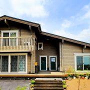 快適な同居を目指した二世帯住宅ログハウス