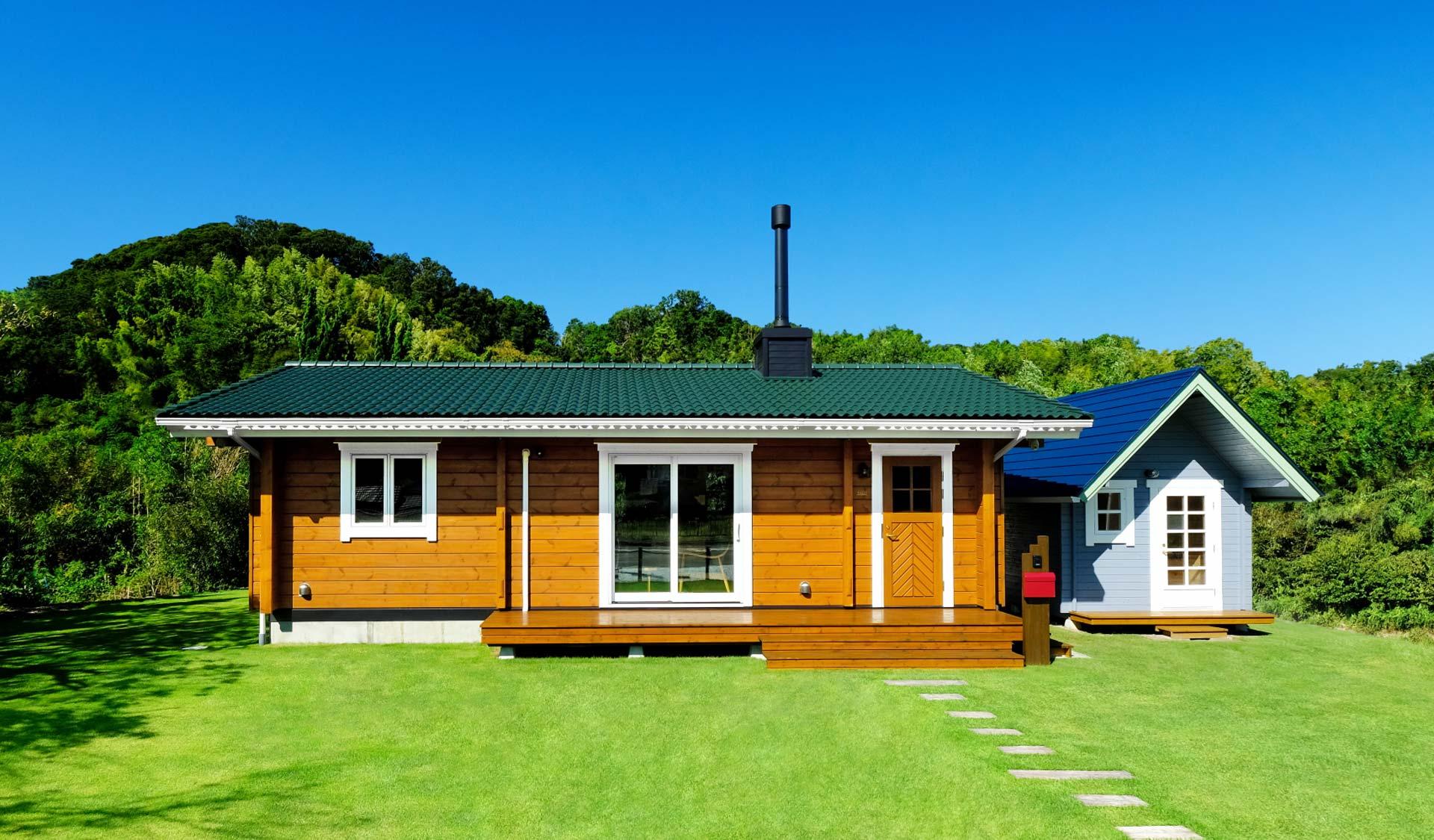 まさに憧れの田舎暮らし!庭を眺める平屋の家