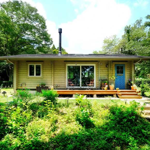 暮らしを豊かにする、イングリッシュガーデンのある平屋の家